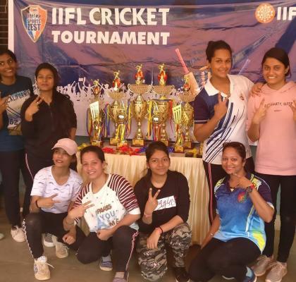 Women_s Cricket Team gunning for glory at the IIFL SportsZest Cricket Tournament
