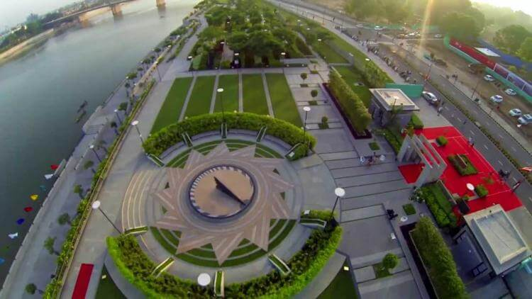 Ahmedabad: A Smart City for Buying a Home