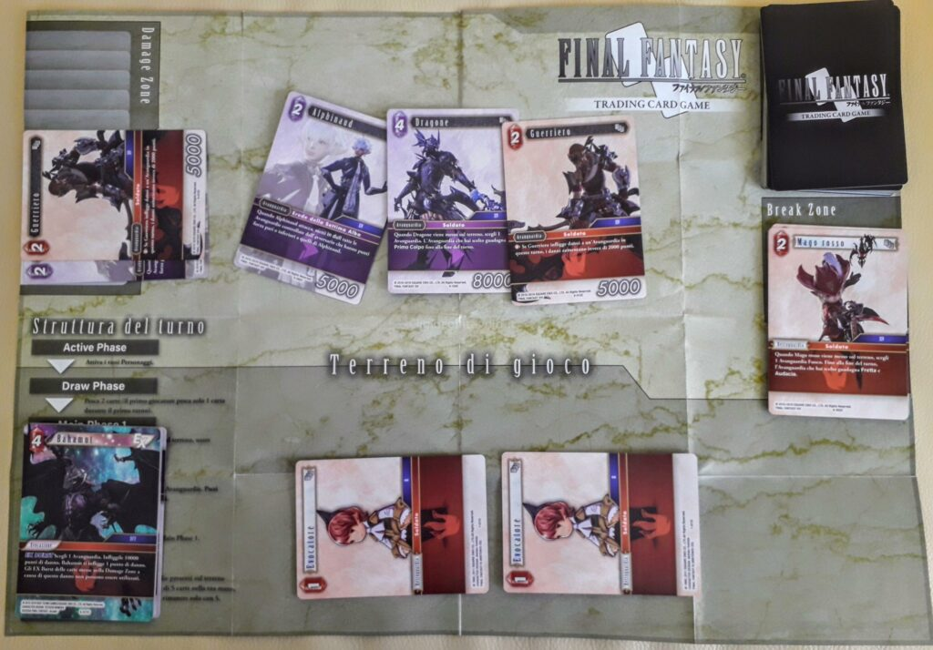 fase di una partita al gioco di carte Final Fantasy