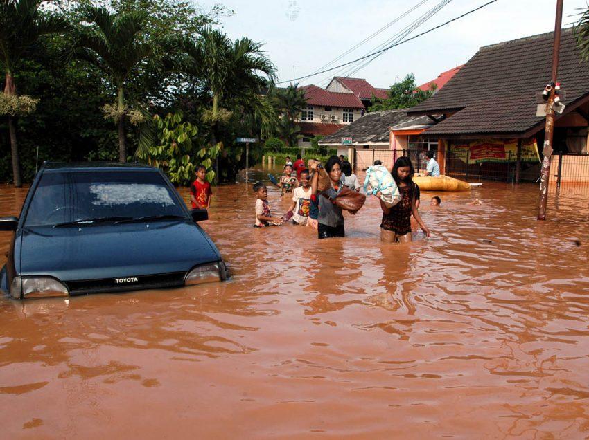 6 Macam Macam Bencana Alam di Indonesia beserta Gambarnya