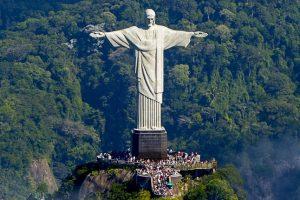 Patung Terbesar Di Brazil
