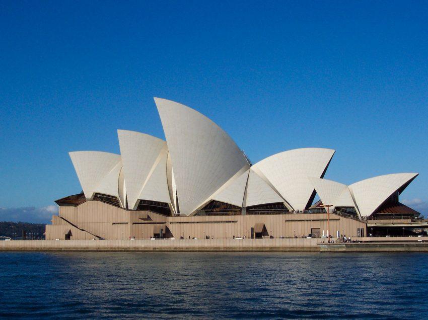 6 Kenampakan Buatan di Benua Australia Beserta Gambar