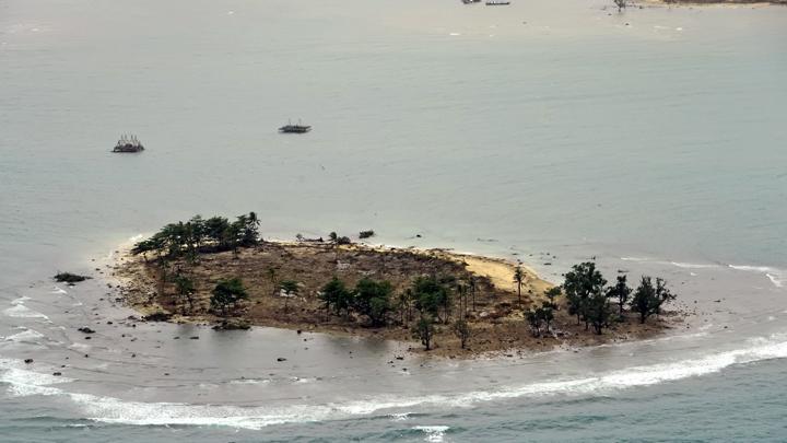 Tsunami Selat Sunda : Penyebab – Kronologi – Dampak