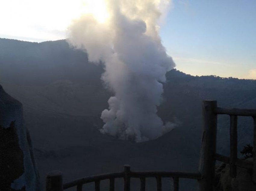 Penyebab Erupsi Gunung Tangkuban Parahu – Dampak – Penanggulangannya