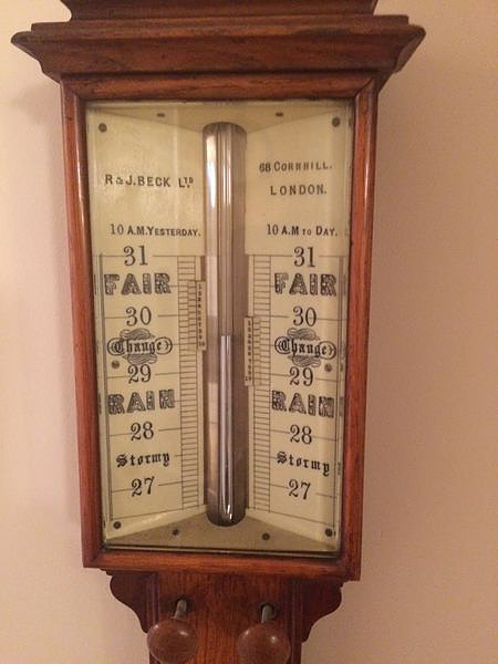 Barometer: Pengertian Hingga Fungsinya Dalam Kehidupan Sehari – hari
