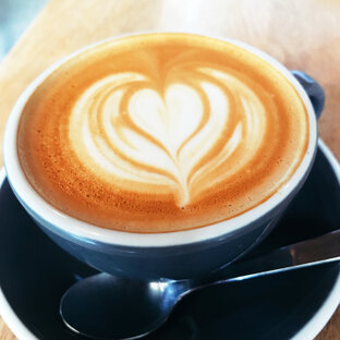 Iris BREAD & COFFEE