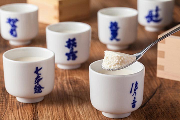 日本酒好きのためのスイーツ。味の食べ比べが楽しめる、酒粕入り生チーズケーキ