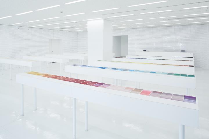 まるで紙の美術館。紙をとことん追求した「竹尾 見本帖本店」