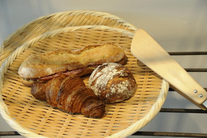 京都の名店シェフ御用達。ハード系が人気のパン屋さん