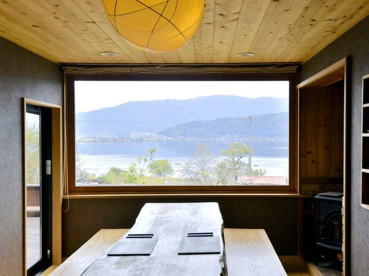 景色と料理をじっくりと楽しめるオーベルジュ「徳山鮓」