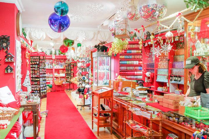 一年中クリスマスグッズを販売している「ヨハン・ヴァンナー」