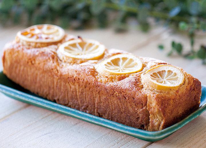 しっとり生地とレモンの爽やかな甘さがうれしい♪ハジマリニ「島レモンパウンド」