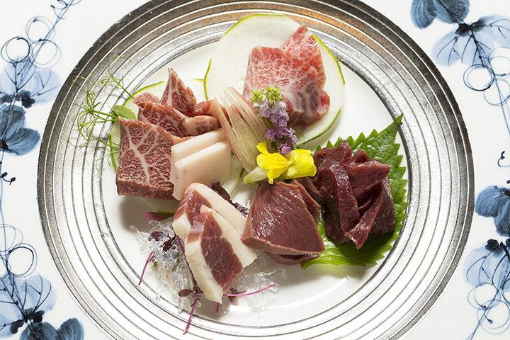 馬肉といえばココ!馬肉料理専門店「菅乃屋上通店」