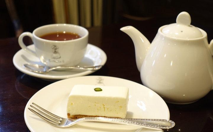 1日500個売れることも! 赤坂「西洋菓子しろたえ」のレアチーズケーキ