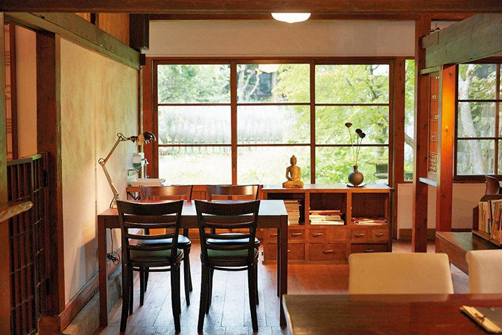 古民家カフェ「日光珈琲 御用邸通」で、自家焙煎のコーヒー&スイーツを