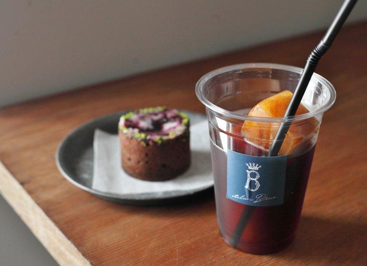 タルトに合うコーヒーなど、楽しみ方も提案