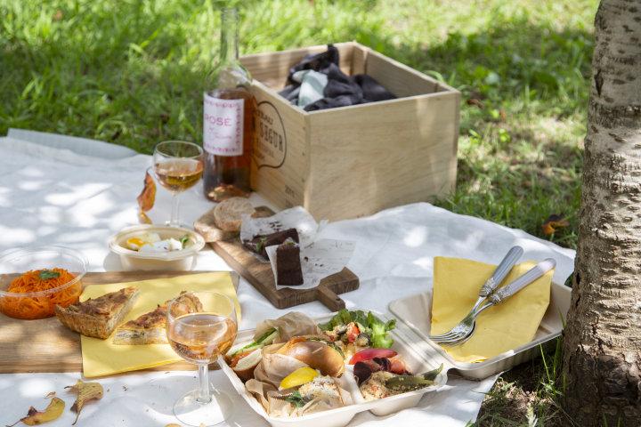 秋色の錦町公園でピクニック