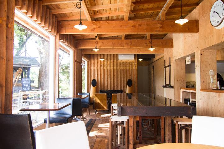 鷹山堂のカフェで一休み