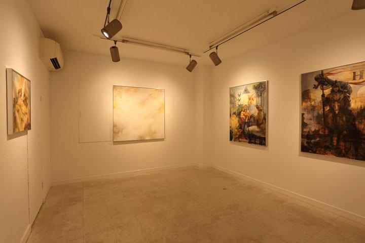 若手作家の作品を展示するギャラリーを併設