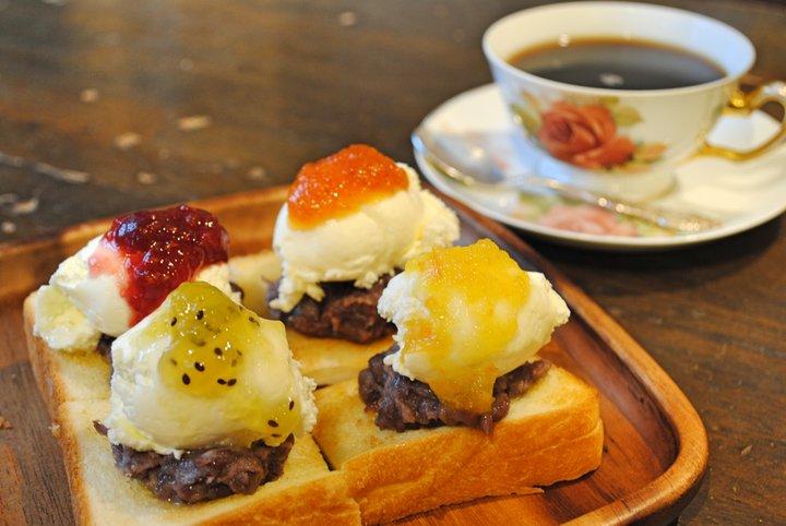 カラフルな小倉トーストにキュン!懐かしいのに新しい、老舗喫茶の原点「KAKO 花車本店」