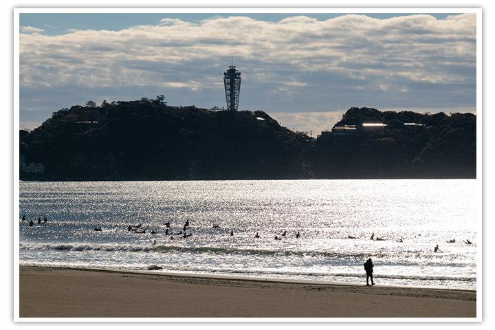 昼下がりの江ノ島を見に、海へ