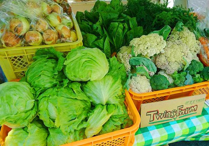 週に1回、有機野菜の出張販売も