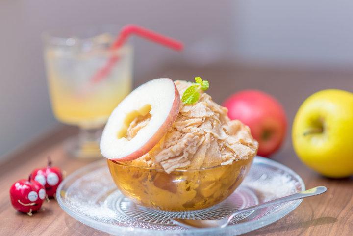りんご愛あふれる、大阪のりんごづくしカフェ「elicafe」