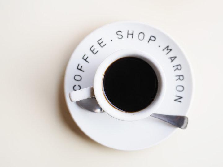 挽きたて、淹れたてのコーヒーでホッとひと息