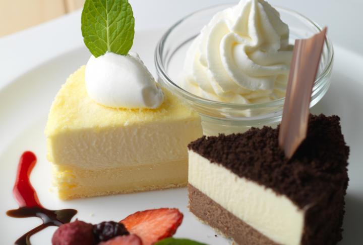 口の中でとろけるチーズケーキ2種がワンプレートに