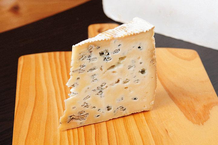『チーズのこえ×鷰 en×ことりっぷ』のコラボスイーツは幻のチーズを使用した、こだわりたっぷりの一品に♪