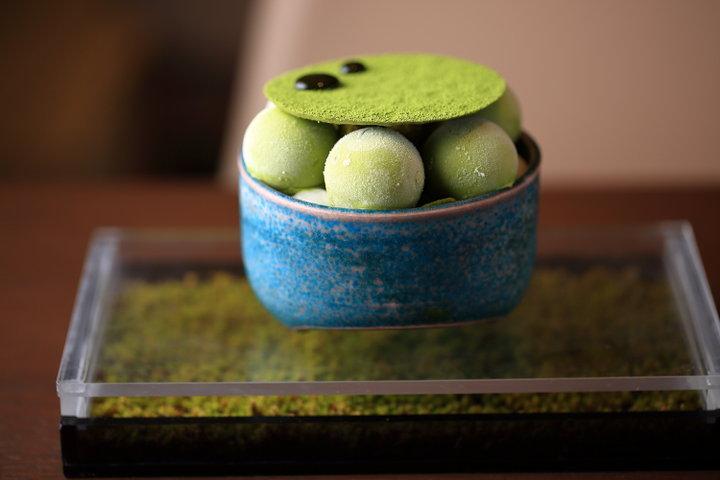 濃厚な抹茶味から盛りだくさんフルーツまで。京都駅で食べられる贅沢なパフェ6選