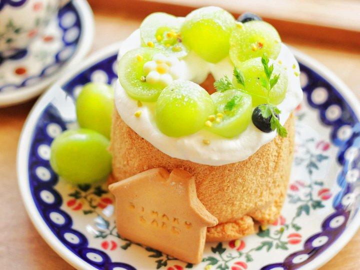 ふわふわのシフォンケーキをホールで独り占め♪大阪・中崎町「しまこカフェ」
