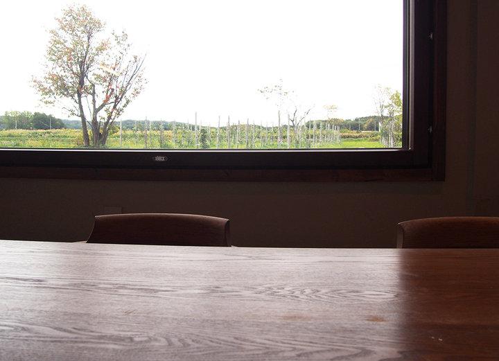 一枚の絵のように、田園風景を眼前に眺められるように。