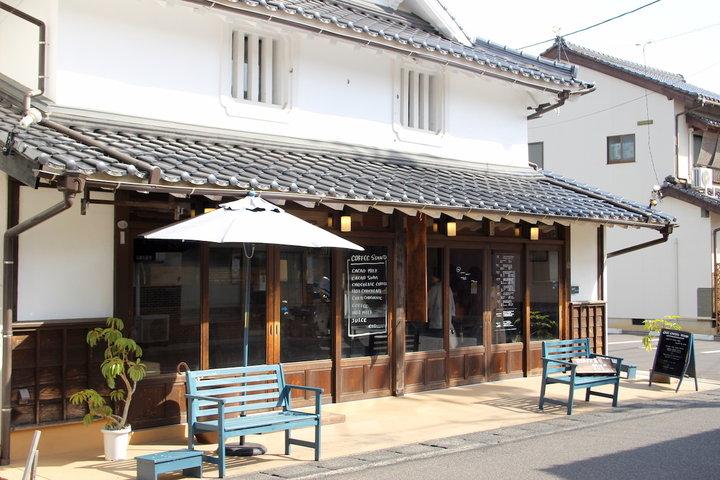 カフェ併設のチョコレート工場「沖野上ブルーカカオ」