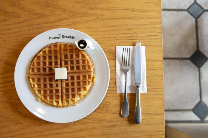 一日中客足が絶えることのない鎌倉きっての人気カフェ「café vivement dimanche」
