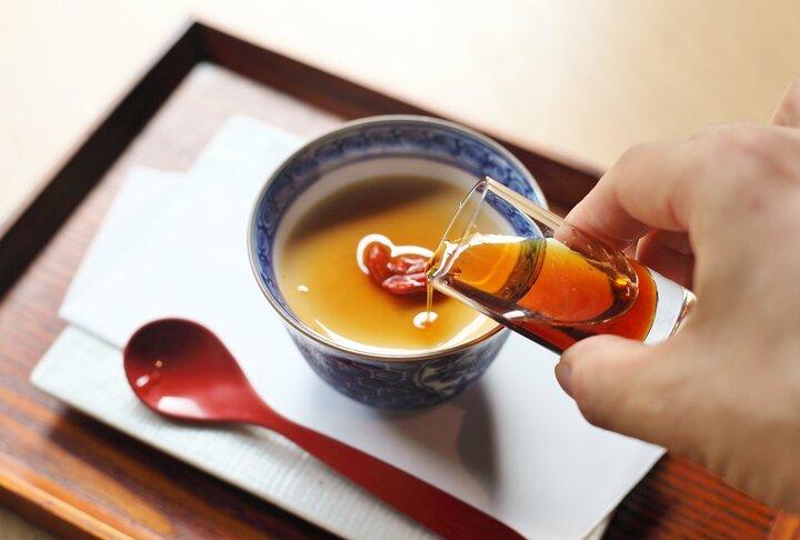 日本最古のみりん蔵が残る「九重味淋」のショップ&レストランへ