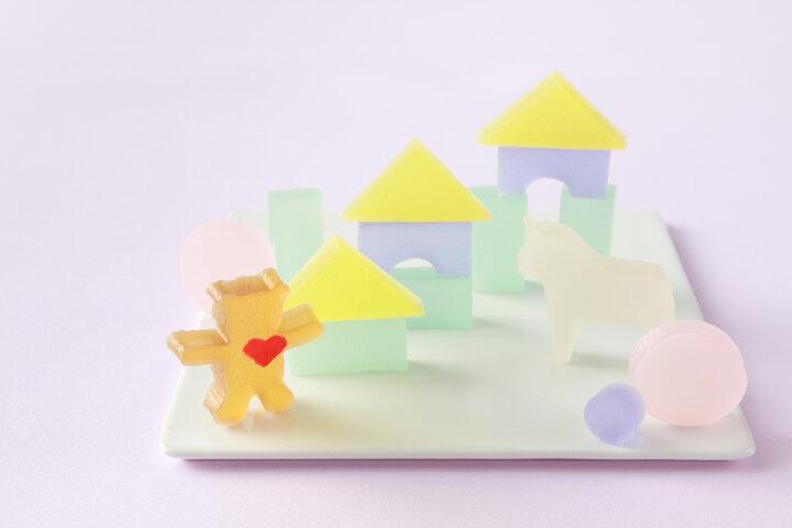 長岡藩御用達の老舗が手がける、美しい干菓子のシリーズ
