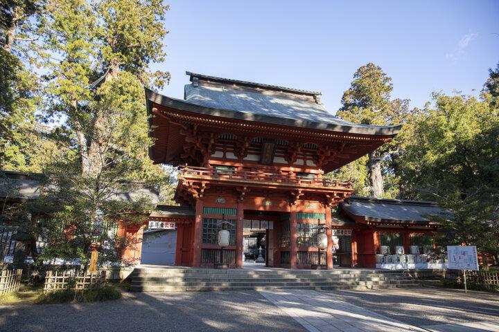 自然に包まれた神秘的な神社「香取神宮」