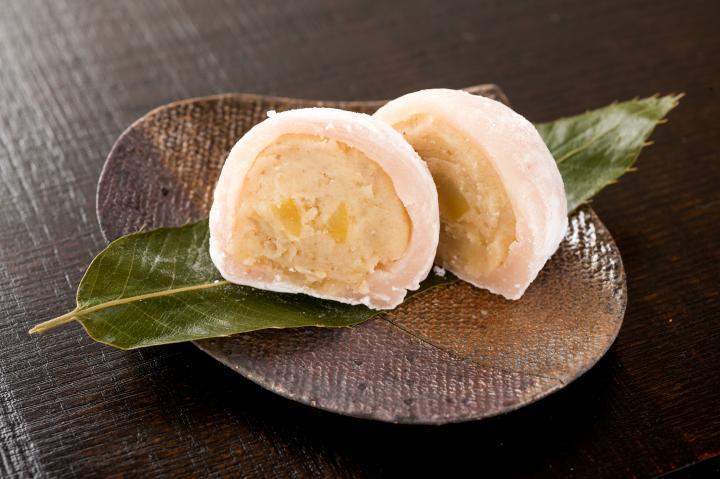 小豆や白あんは一切不使用。「和栗や」特製の栗大福