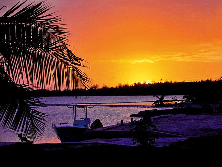 ブレスレット&ネックレスセット「タヒチ~海に沈む夕日~」