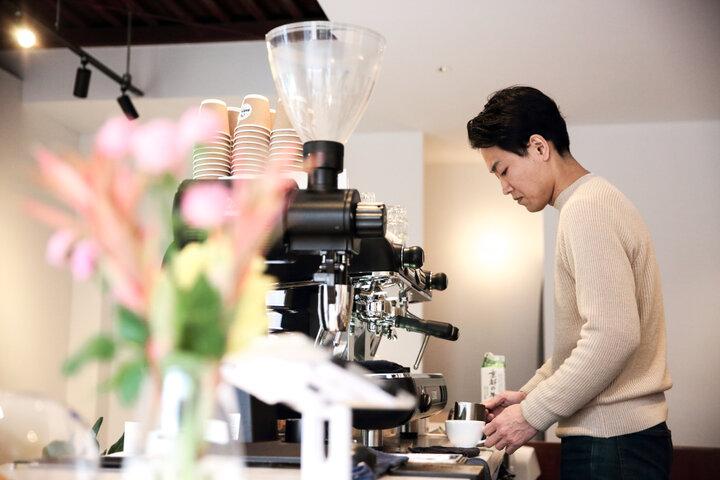 オーストラリアでコーヒーについて学んだオーナーが手がける