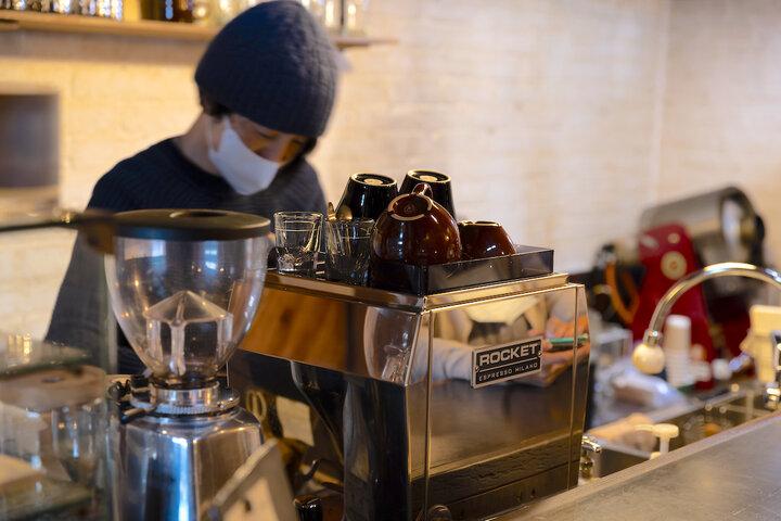 カナダやハワイでの経験を経て、日高で始めたカフェ
