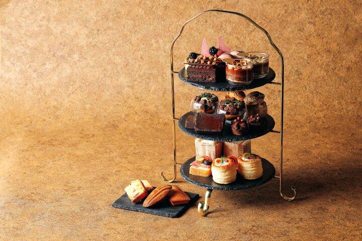 初夏に味わう爽やかなフルーツとチョコレートの甘美な競演「チョコレート アフタヌーンティー」