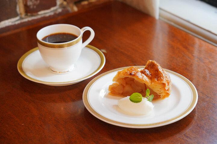 銀座の地で昭和初期のカフェ文化を伝える「トリコロール本店」
