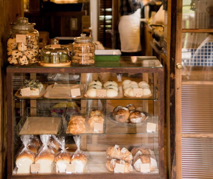 週1日だけオープンのパン屋さんでランチを購入