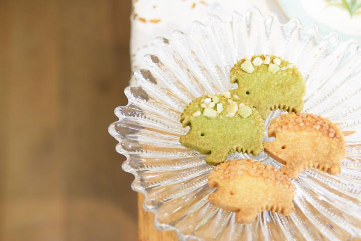 ハリネズミのキュートなクッキーをおみやげに