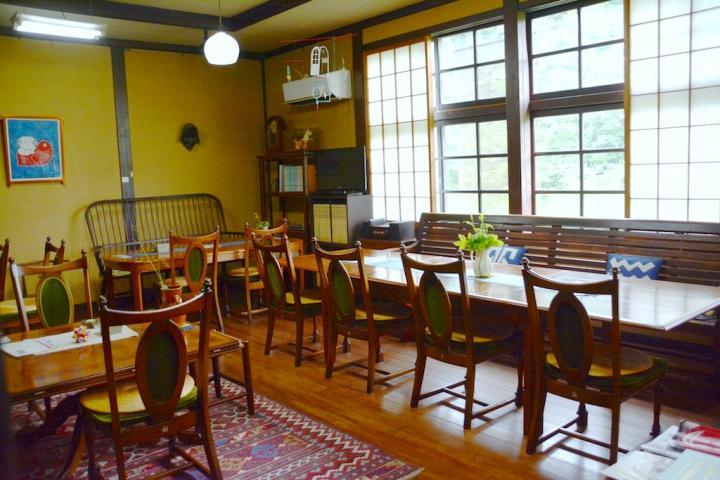 ノスタルジックな空間で和スイーツがいただける喫茶室