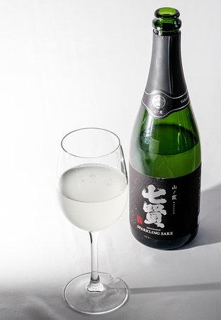 白州の清流から作られる「七賢 醸造元」の銘酒をお土産に