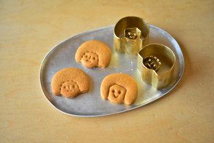"""川地あや香さんがつくる、お菓子とぬくもりあふれる暮らしの""""道具""""たち"""