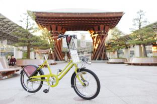 金箔スイーツからレトロな雑貨店めぐりまで。レンタサイクルでめぐる、秋の金沢・自転車さんぽ